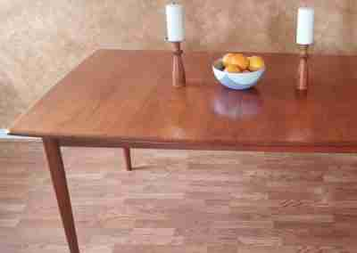 midmod table FEATURED
