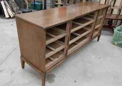 Bench-Dresser-01